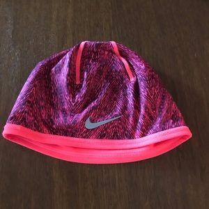 Women's Nike Reversible Beanie Running Hat OSFA